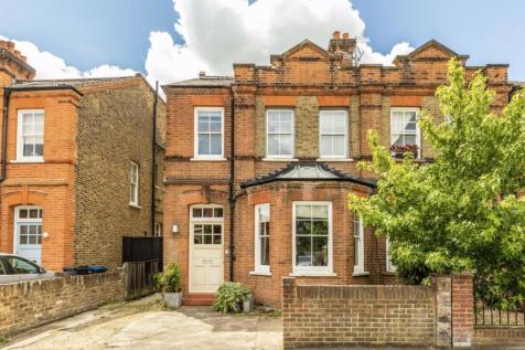 Grove Lane, Kingston Upon Thames. 5 bedroom semi-detached house