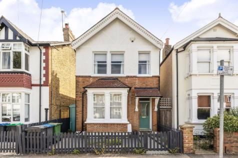 Cobham Road, Kingston Upon Thames. 3 bedroom detached house for sale