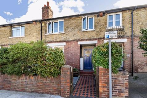Dawson Road, Kingston Upon Thames. 4 bedroom house for sale