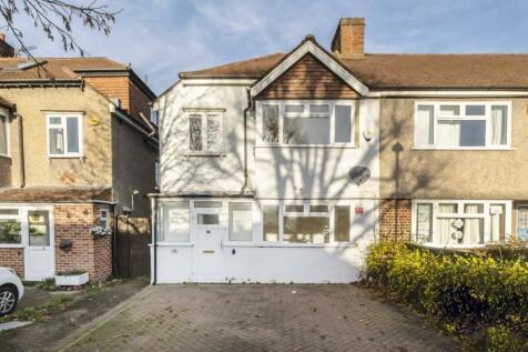 Wilverley Crescent, New Malden. 3 bedroom terraced house