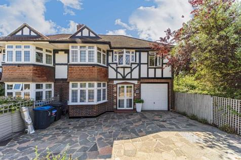 Kenley Road, Kingston Upon Thames. 6 bedroom house