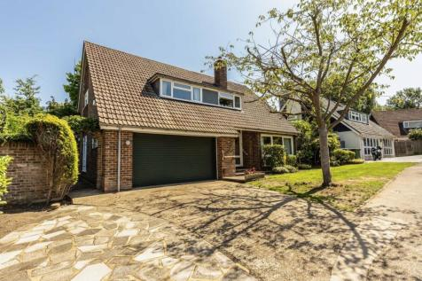Church Meadow, Long Ditton. 4 bedroom detached house