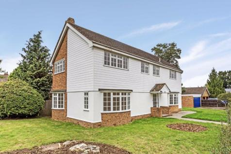 Beechwood Close, Long Ditton. 5 bedroom detached house