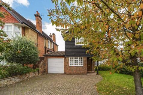 Effingham Road, Long Ditton. 4 bedroom detached house for sale
