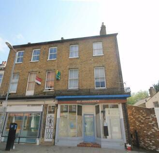 Berrylands Road, Surbiton. 1 bedroom flat