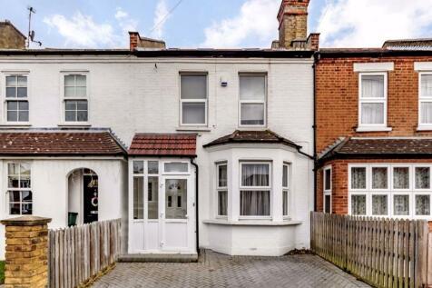 Ellerton Road, Surbiton. 4 bedroom terraced house