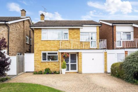 Mandeville Drive, Surbiton. 4 bedroom detached house