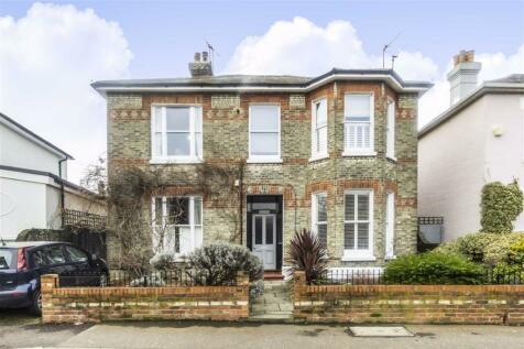 Lower Teddington Road, Teddington. 1 bedroom flat
