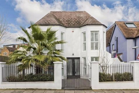 Waldegrave Road, Strawberry Hill. 4 bedroom detached house