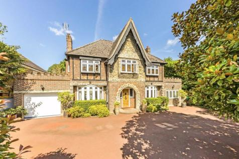 Waldegrave Road, Strawberry Hill. 5 bedroom detached house for sale