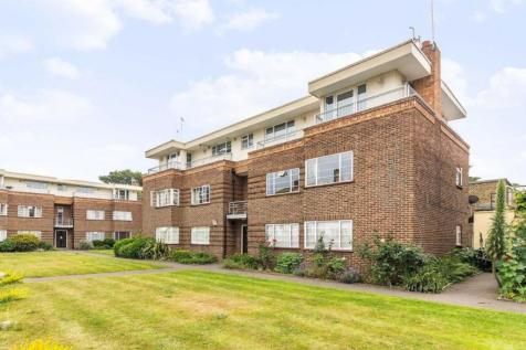 London Road, Twickenham. 2 bedroom flat