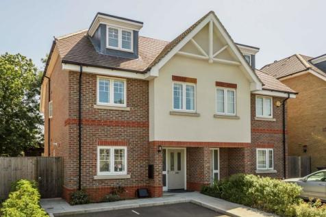 Shelburne Drive, Hounslow. 4 bedroom house