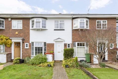 Chatsworth Place, Teddington. 3 bedroom terraced house
