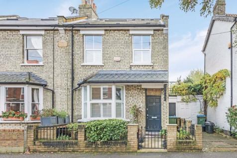 Royal Road, Teddington. 3 bedroom detached house