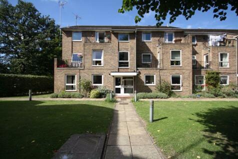 Garfield Road, Twickenham. 1 bedroom flat