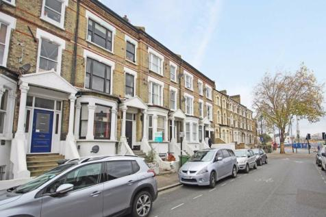 Stockwell Road, Stockwell. 1 bedroom flat