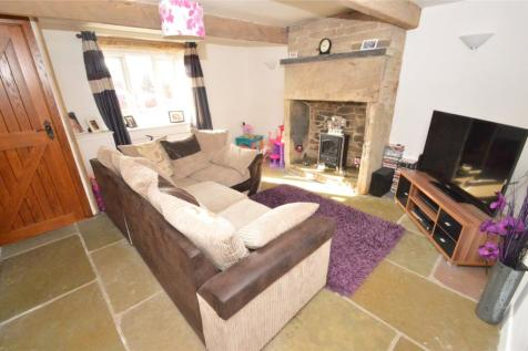 Shadsworth Road, Blackburn, Lancashire, BB1. 2 bedroom terraced house