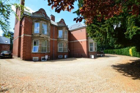 Sunnyside House, Colwyn Road, Northampton, Northamptonshire, NN1. 15 bedroom private halls