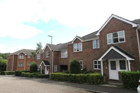 Lime Gardens, BASINGSTOKE. 2 bedroom apartment