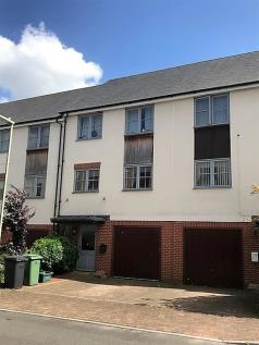 Northbrook Crescent, BASINGSTOKE. 4 bedroom house