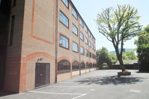 Ridgemont Plaza, Ridgmont Road, St. Albans, Hertfordshire, AL1 3AG. Studio flat