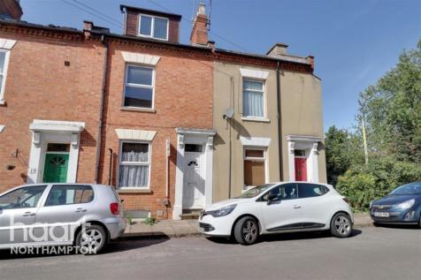 Northampton. 1 bedroom detached house