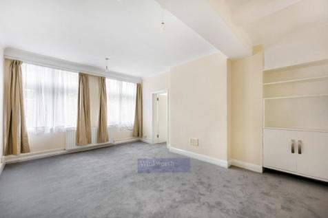 BUCKINGHAM PALACE ROAD, SW1W. 3 bedroom apartment