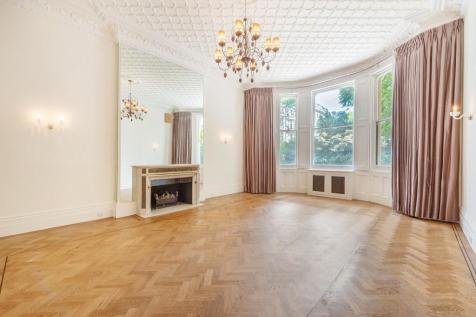 Ennismore Gardens, Knightsbridge, SW7. 3 bedroom apartment for sale