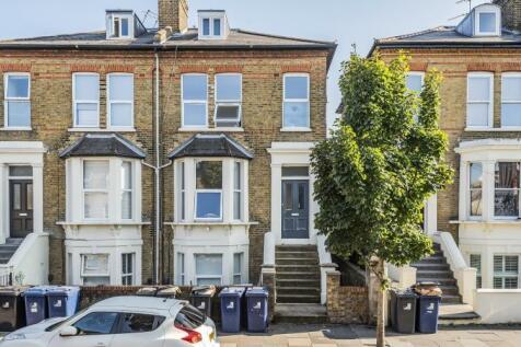 Mattock Lane London W13. 2 bedroom apartment