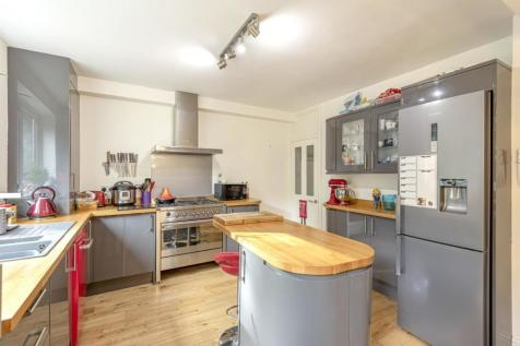 Bluebell Close, Sydenham Hill, Sydenham. 4 bedroom terraced house for sale