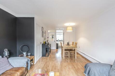 Silverdale London SE26. 2 bedroom house