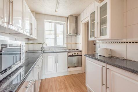 Pield Heath Road, Uxbridge, Middlesex UB8 3NL. 4 bedroom semi-detached house