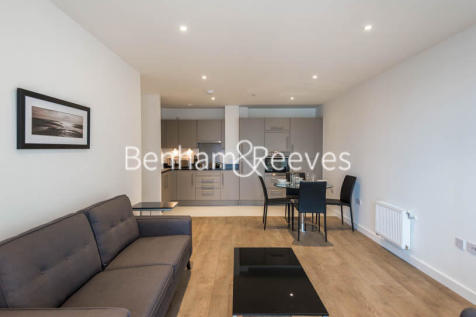 Bessemer Place, North Greenwich, SE10. 2 bedroom apartment