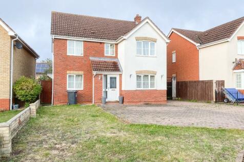 Bentley Road, Ipswich. 4 bedroom detached house for sale