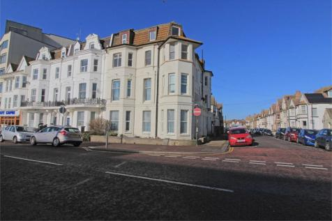 Abergeldie House, Marina, Bexhill on Sea, East Sussex. 1 bedroom ground floor flat for sale