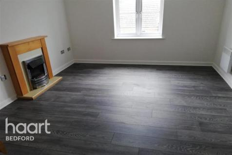Crowe Road, Bedford. 2 bedroom flat