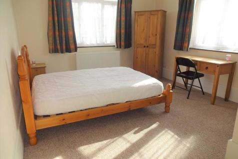 Camborne Grove, Yeovil. 1 bedroom house share
