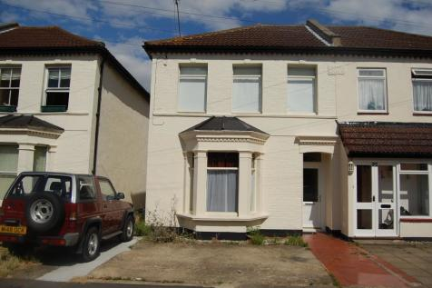 Room 2, 94 Park Road,Westcliff-On-Sea,SS0, the UK property