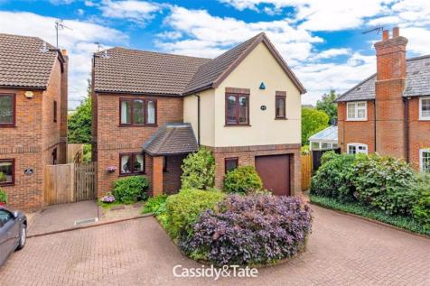 Watford Road, St. Albans, Hertfordshire. 4 bedroom detached house for sale