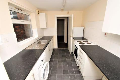 Maple Street, Middlesbrough. 4 bedroom terraced house