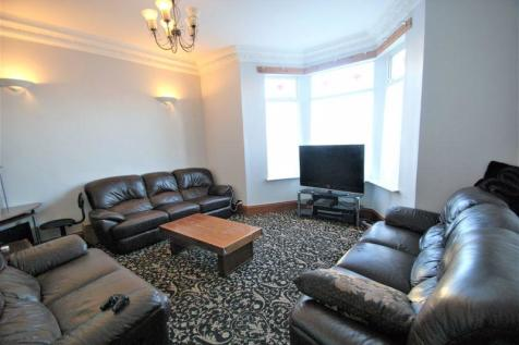 Southfield Road, Middlesbrough. 7 bedroom terraced house for sale
