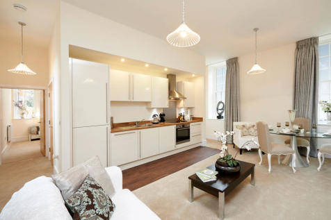 Connolly Way, off College Lane, Chichester, West Sussex , PO19 6PQ, South East - Apartment / 2 bedroom apartment for sale / £275,000