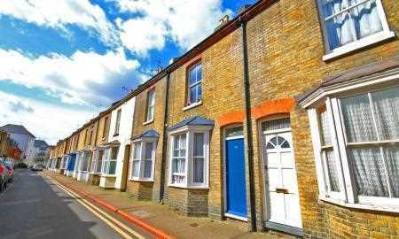 St Peters Grove, Canterbury. 3 bedroom terraced house