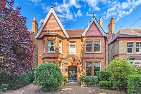 Albany Park Road, Kingston upon Thames, KT2. 6 bedroom detached house for sale