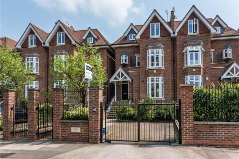Albany Park Road, Kingston upon Thames, KT2. 5 bedroom semi-detached house for sale