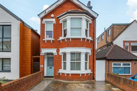 Malden Hill, New Malden, KT3. 3 bedroom detached house for sale