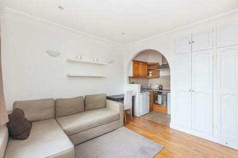 Warwick Road, London, SW5. 1 bedroom flat