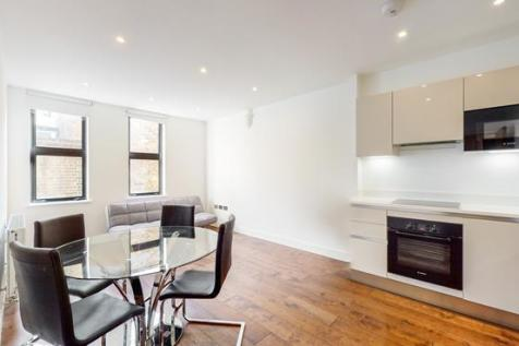 Chesson Road, London, W14. 1 bedroom apartment