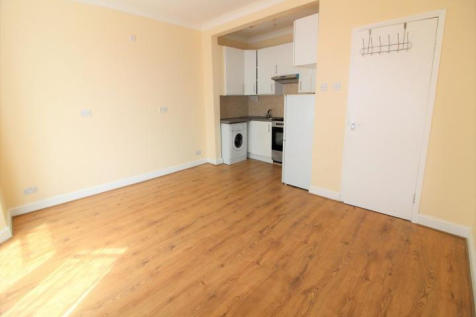 Clarence Road, Enfield,London, EN3. 2 bedroom flat