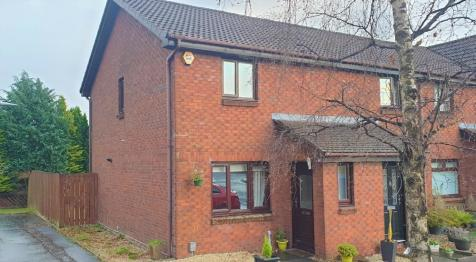 29 Islay Drive, Old Kilpatrick, Clydebank, G60 5EP. 3 bedroom terraced house for sale